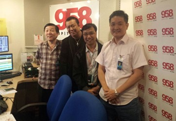 98.5FM 采访袁伟成先生